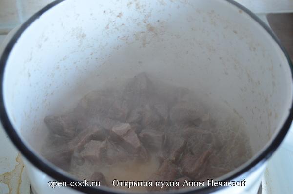 Гуляш из говядины, пошаговый рецепт с фото