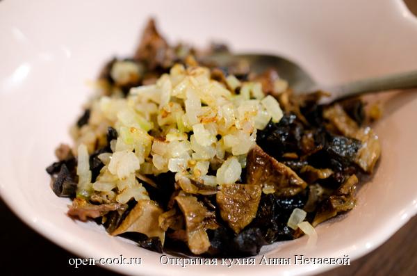 Горячая закуска из сушеных грибов