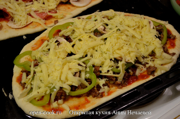 Пицца с фаршем и болгарским перцем