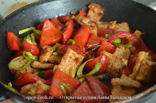 Мясо с болгарским перцем